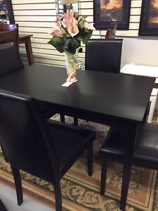Brand New Kitchen/ Dining Room Table with 4chairs