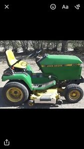 John Deere 260 lawn tractor  REDUCED TO $2000