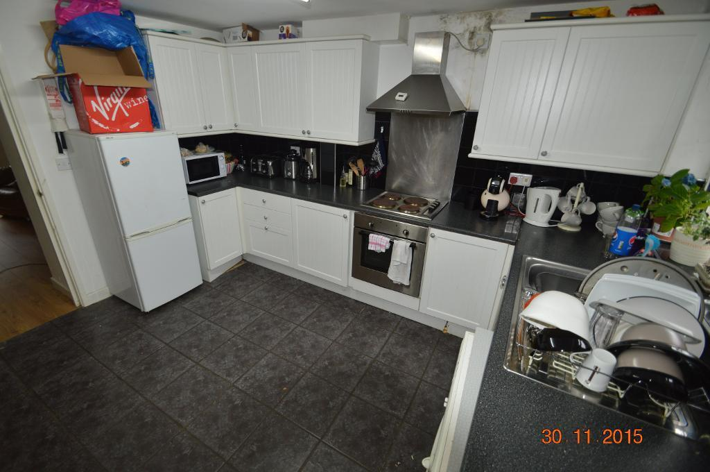 3 bedroom house in Old Park Terrace, TREFOREST,