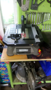 Rockwell table top saw