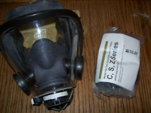 Dual Purpose Scott Full Face Mask Respirator with Cartridge New