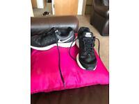 Nike Pegasus Size 5