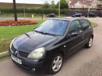 Renault Clio 1.4 Metallic Black