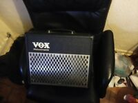 Vox AD15VT Valvetronix Chrome Combo Guitar Amplifier, multiple built in effects and amp profiles