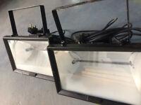 2 powerful halogen heaters