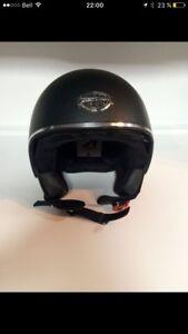 Casque de moto open face