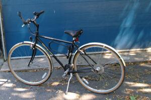 Specialized Crossroads 21 speed Bike