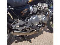 Kawasaki z750 ltd motorbike