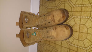 Womens size 9 leather work boot