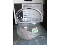 VINTAGE RAYWARE CLEAR GLASS BASKET