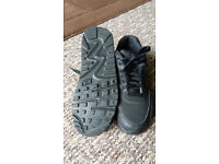 Nike Air Max 90 Trainers Like new in Size 3