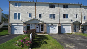 Beautiful Freehold Townhouse in Elliot Lake