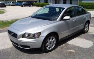 2006 Volvo S40 2.4i **PARTING OUT CAR **