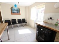 REFURBISHED 3 Bedroom HOUSE, Suit family or sharers, Train, Brent Cross Shopping Centre. NW7