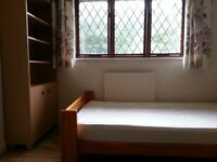 Double Room to let close to Bournemouth and Art University