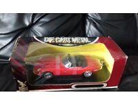 Die cast metal 1971 jaguar model car