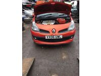 2006 Renault Clio Dynamique 3dr Hatchback 1.6 Petrol Red BREAKING FOR SPARES