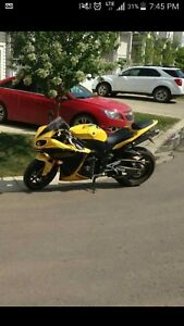 R1 for sale 6000