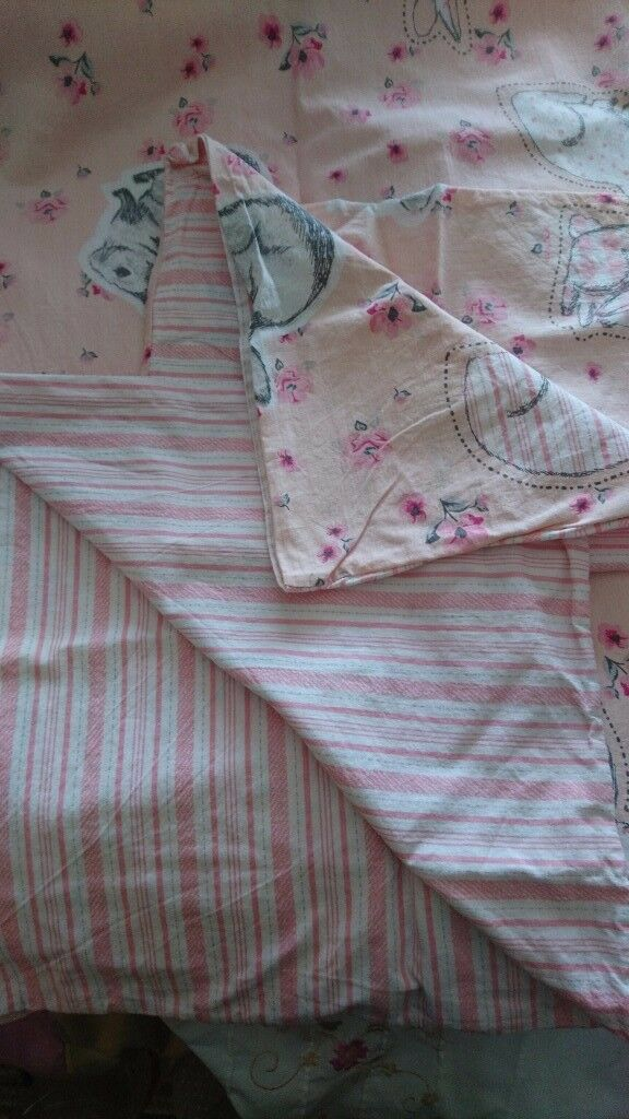Bunny Rabbit cot bed linenin Sheldon, West MidlandsGumtree - Bunny Cot Bed linen has only been used twice and now no longer needed
