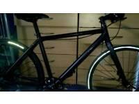 Cube hyde race pro medium frame bike