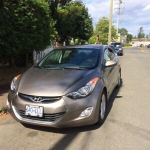 2013 Hyundai Elantra LUXURY Sedan