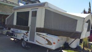 2013 Rockwood Premier 1904 Tent Trailer with Extended Warranty