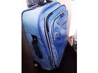 TRULY LOVELY VERY GOOD QUALITY VERY STURDY ORIGINAL KIPLING TROLLEY SUIT-CASE