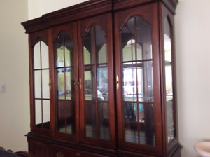 Solid wood hutch (Wood and Glass with Lights)