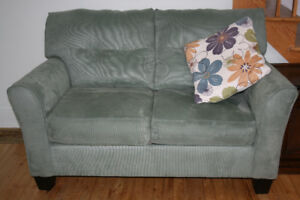 Two seater counch and lounge chair