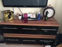 X2 black high gloss and wooden top draws