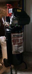 Compresseur a air 25 gallons