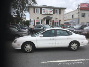 FORD   TAURUS   SE   1998   WOW!!!!!     automatic    125 000 KM