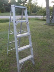 5 foot Aluminium Ladder