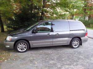 2005 Ford Freestar Sel Camionnette