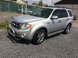 FORD ESCAPE LIMITED AWD  CONDITION AAA1 FINANCEMENT MAISON 1-2-3