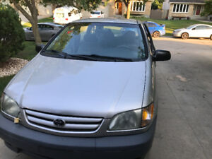 2002 Toyota Sienna CE Minivan/NEW safety get on July 25 2017
