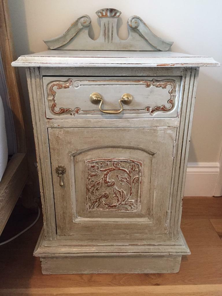 French shabby chic rustic bedside tablein Clapham, LondonGumtree - Gorgeous antique like wooden bedside table. Artistically distressed for the ultimate shabby chic look. Dimensions Height to top on table 65 cmFull Height 79cmWidth 45.5cmDepth 40 cmOne draw and one cupboard with shelf
