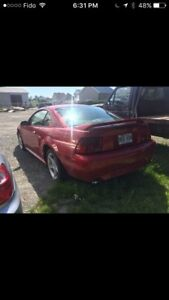 Ford Mustang GT PROJECT/PARTS