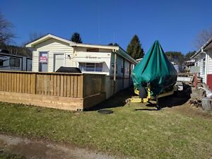 Beautiful Bobcaygeon Trailer w/ Added Room