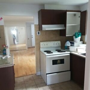 3 1/2 to rent newly renovated near metro Cartier and Concorde