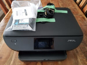 Reduced - HP Envy 5660 Printer, Scanner and Copier