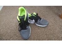 Mens Nike size 8