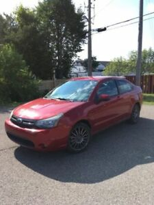 2009 Ford Focus SE **URGENT - WILLING TO NEGOTIATE**