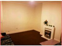 BACK TO BACK HOUSE FOR RENT (MARCHFIELD BRADFORD 5)
