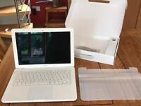 MacBook 13inch LED mid2010 in original box