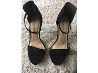 BNWT Black, ankle strap heels size 4