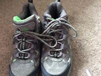 Karrimor unisex walking boots UK size C2