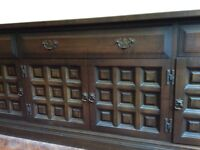 English Ash chestnut veneer large cabinet/ sideboard. 207x48x77 Spanish Style good condition