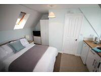Double En-Suite Room With Kitchenette - All Bills Incl!