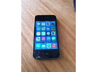 IPHONE 4 16gb Vodafone - Phone is Working Perfect '' Cracks in screen glass ''